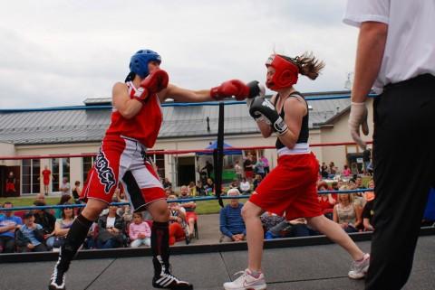 Boxují i ženy. A jde jim to
